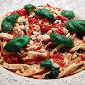 Italiensk tomatdröm med LCHF-pasta