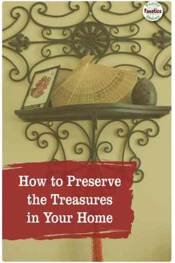 Follow this tips to capture the memories stored in the keepsakes around your home. #familyhistory #preservation #downsizing
