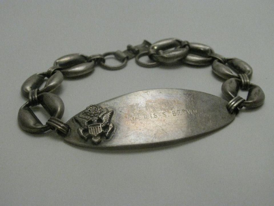 Another Angle for WWII Military Name Bracelet