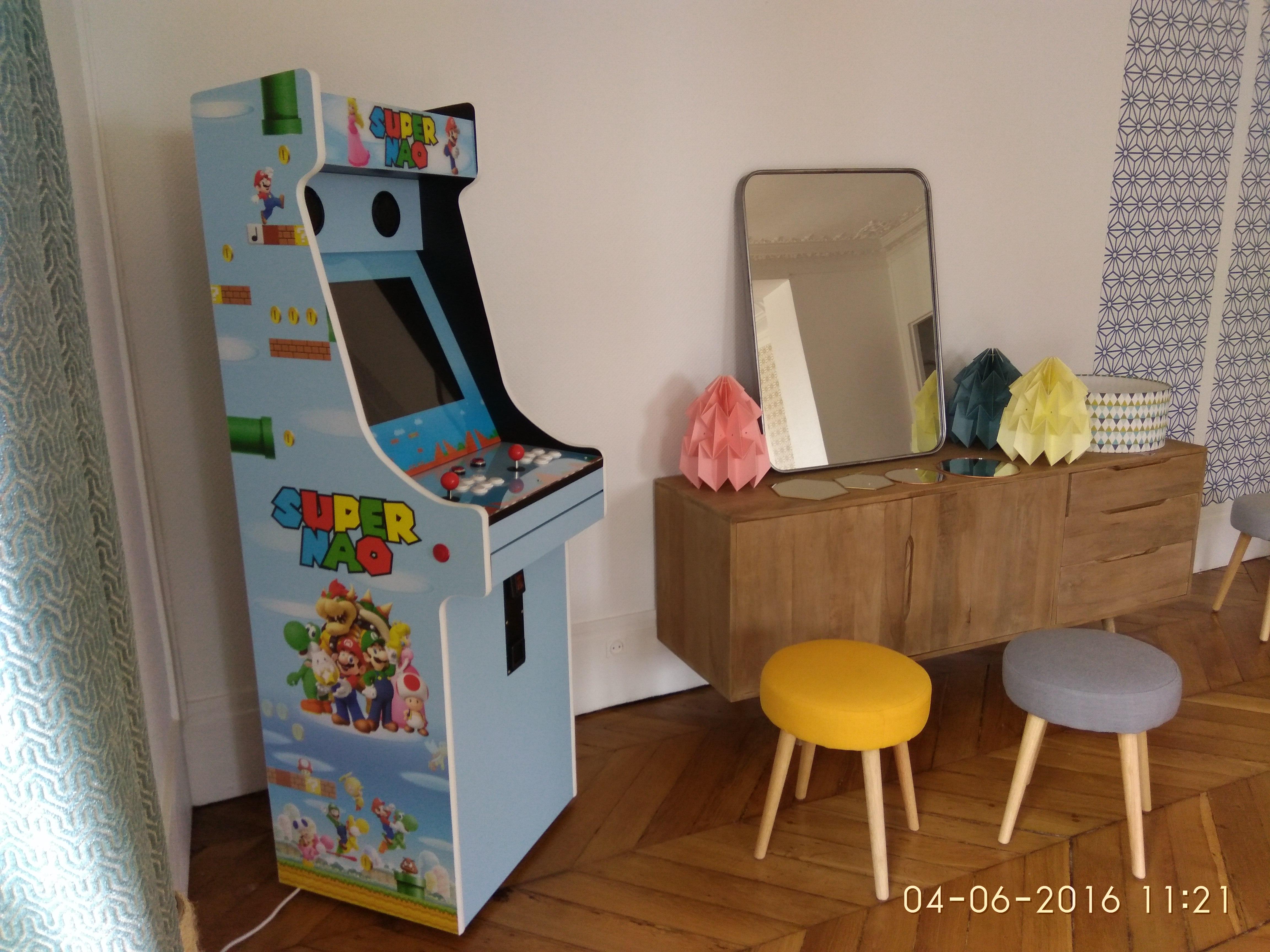 Borne arcade personalisée