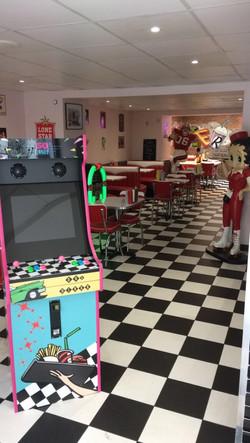 Borne arcade diner