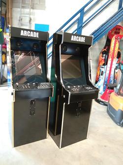 Bornes d'arcade laquées