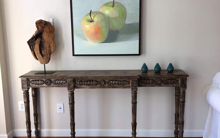 Apples above a table