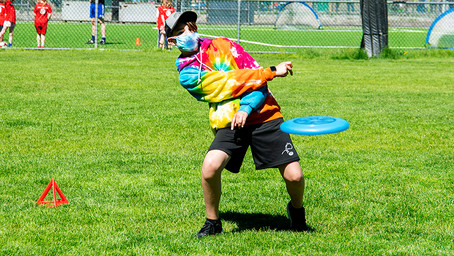 """Ultimate """"Frisbee"""" Clinics Coming to Bowen Island"""