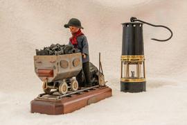 Robert mines 3.jpg
