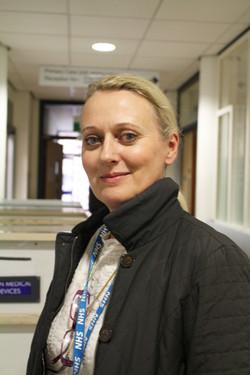 julia_cadogan_-_consultant_clinical_psychologist_ps.jpg