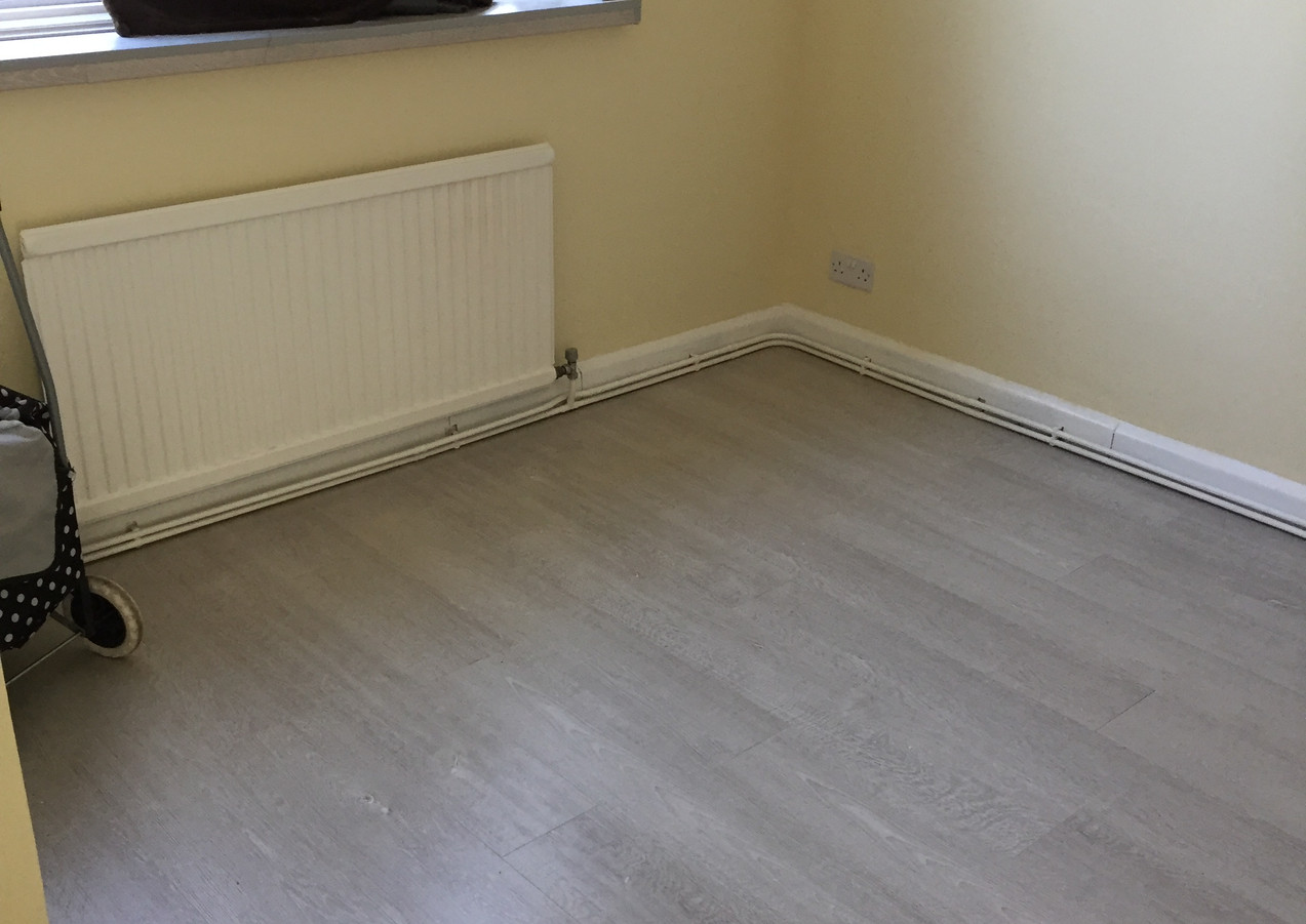 Laminate flooring fitters in East London