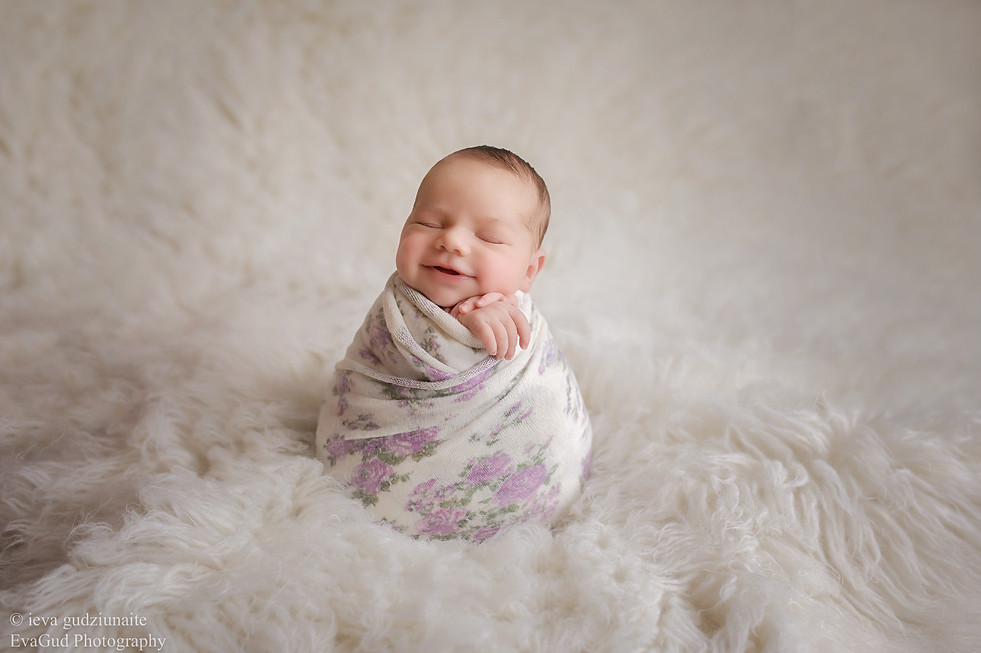 Newborn Photographer Dagenham