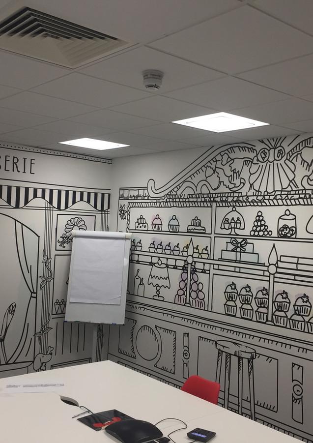 Wallpaper hangin in London