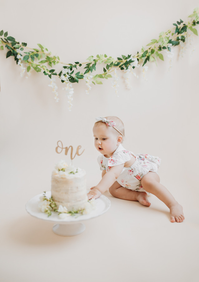 Cake smash photography North London