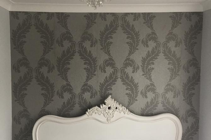 Wallpaper hanging in Essex