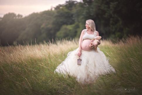 Maternity Photographer Romford