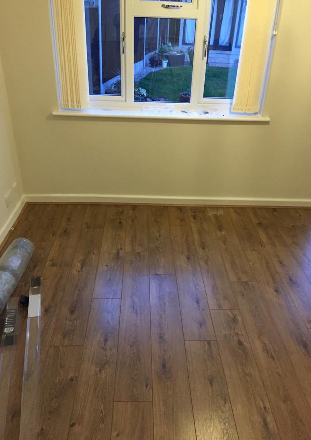 Laminate flooring service in East London