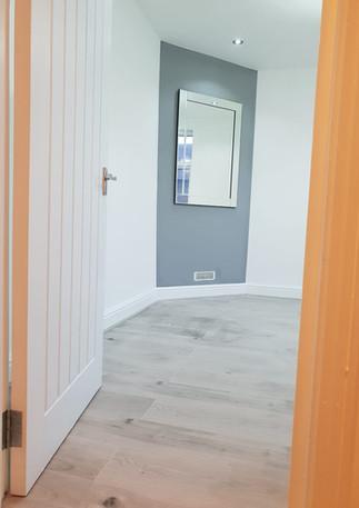 Laminate floor fitters in London