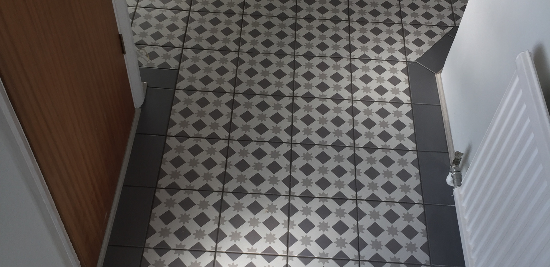 Floor tiles in hallway