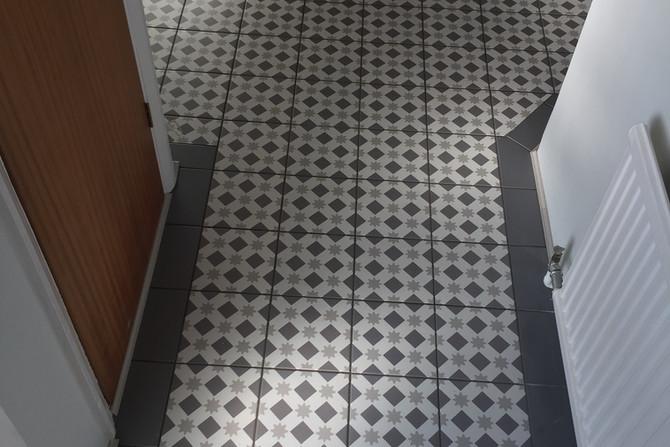 Floor tiles in hallway