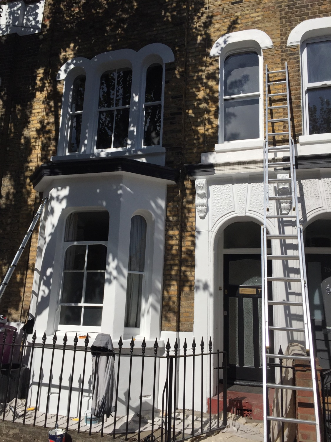 Outside home painters East London
