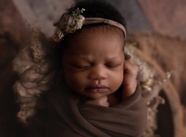 Professional Newborn Baby Photographer