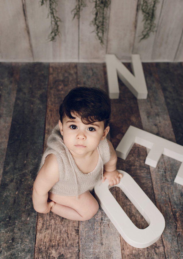 Cake smash portrait photography in East London