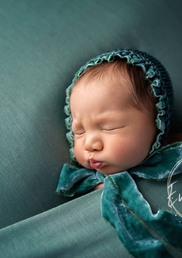 Newborn baby Photographer London