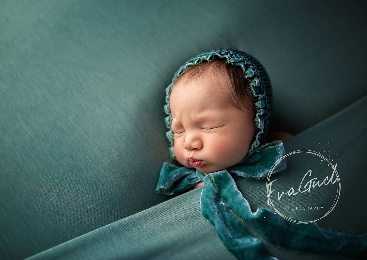 Newborn baby Photographer North London