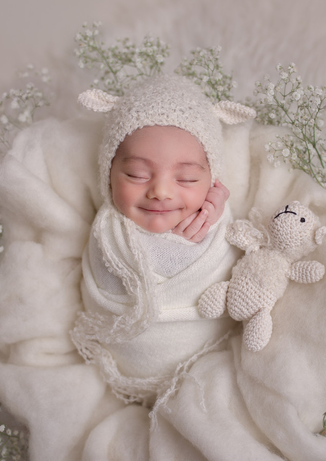 Newborn Baby Photographer in North London