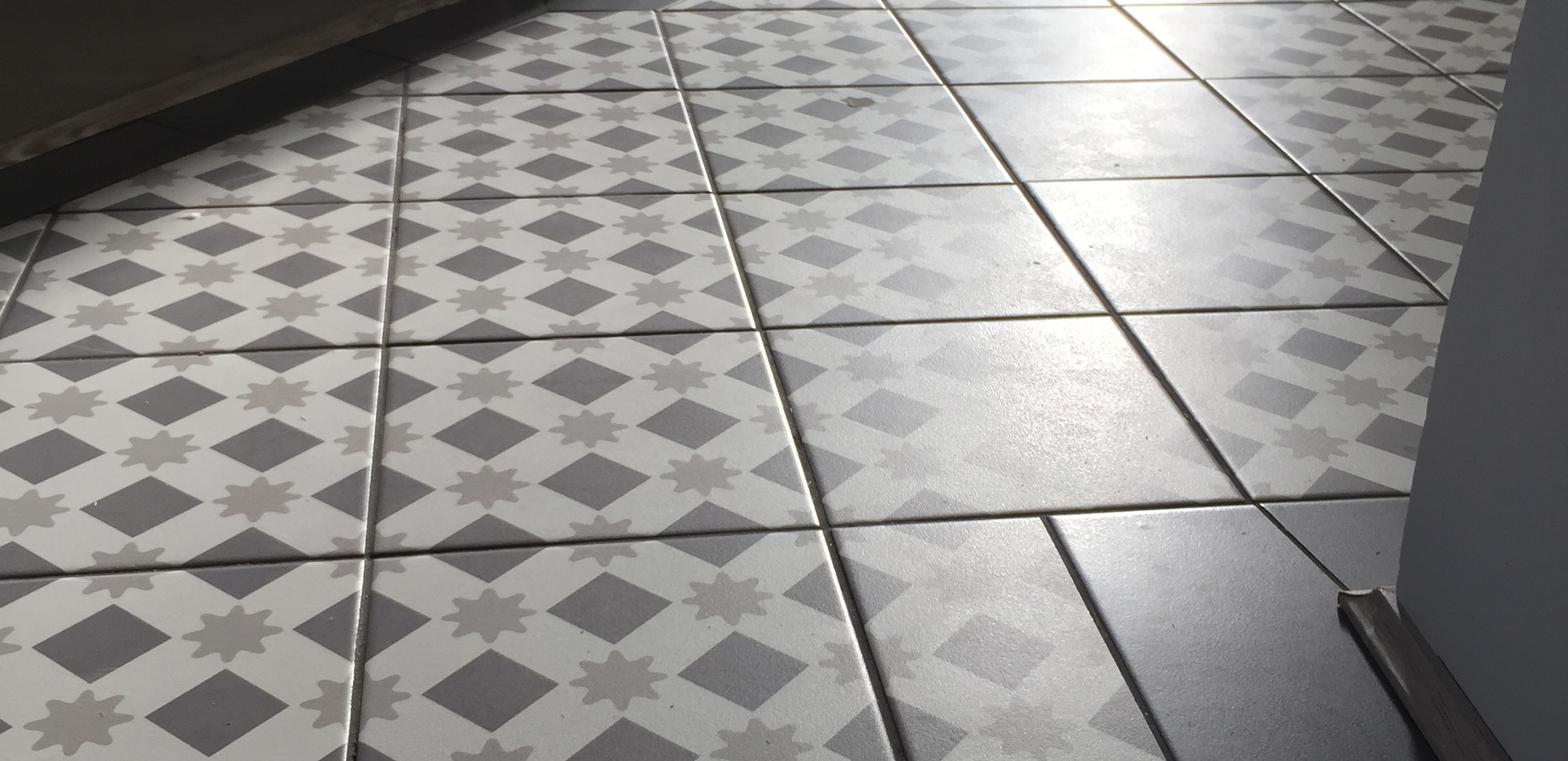 Tiler service in East London