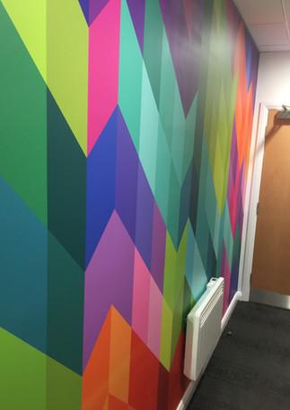 Wallpaper hangers in London