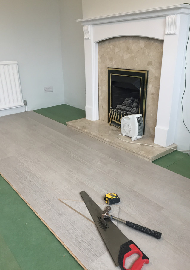 Laminate floor fitting in East London