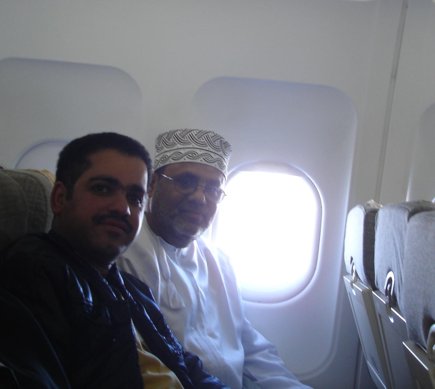 مع الأستاذ مسلم الكثيري ممثل سلطنة عمان في المجمع العربي للموسيقى في الرحلة إلى مؤتمر العشرون للمجمع