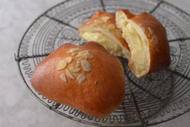 Custard Cream カスタードクリームパン
