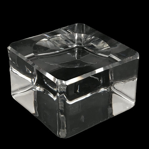 Solid Crystal Sphere Stand • 40x40x26mm