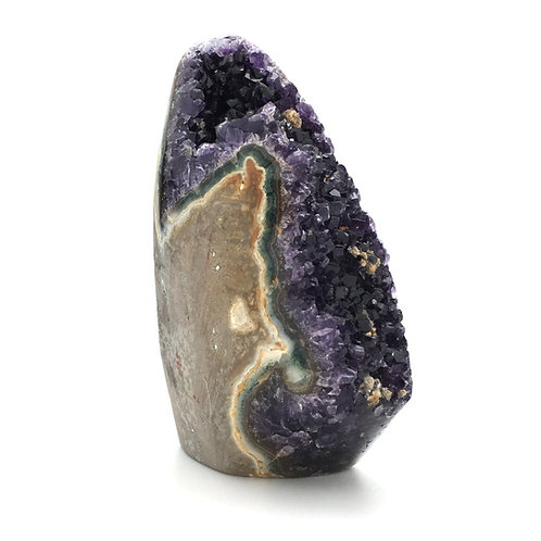 """Amethyst with Goethite Geode Cathedral • Uruguay • 1.120 kg  ~ 6x4x2"""""""