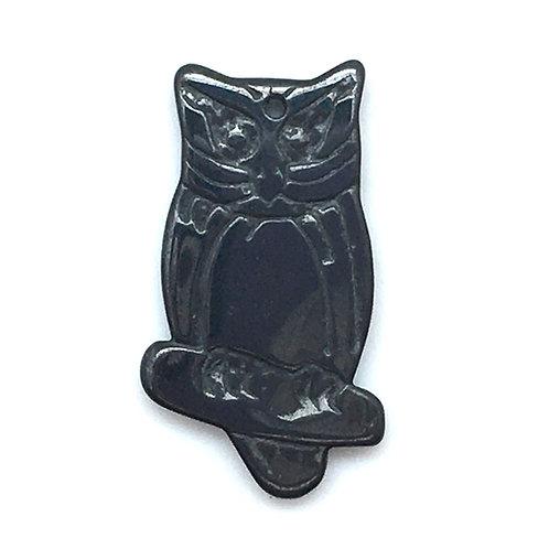 Hematite Owl • 34x19mm; 1.5mm hole (1) • 187100HMT-OWL3419 | smokymountainbeads.com
