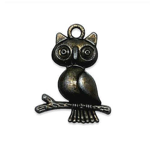 Owl in Branch Charm • 24x18mm • 26100MTL-o2418-21 | SmokyMountainBeads.com