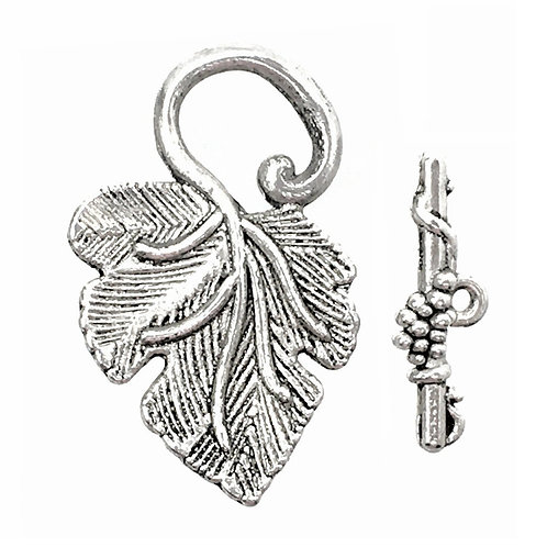 Toggle Clasp • Grape Leaf • 32x21mm • Antique Silver-Plated • 44TOG-37-3221-12  | Smoky Mountain Beads