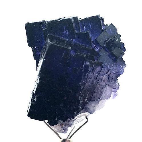 Cubic Fluorite • Muzquiz, Mexico • 32.8 grams ~ 35x31x28mm