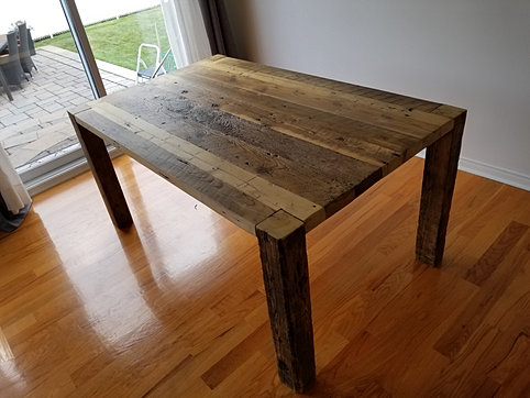 tables bars comptoirs et lots granby rustik meubles design. Black Bedroom Furniture Sets. Home Design Ideas