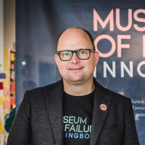 Dr. Samuel West | Helsingborg, SWE
