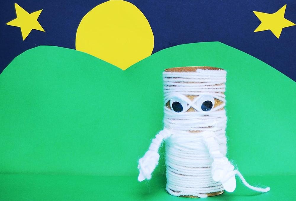 Halloween toilet roll craft