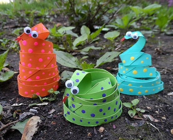 Toilet roll craft for kids SNAKES