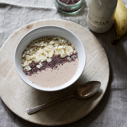Cocoa & Peanut Butter Smoothie Bowl