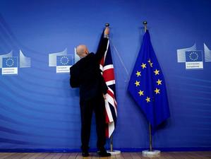 Noul Acord Brexit stă în mâna Parlamentului European și a Parlamentului britanic