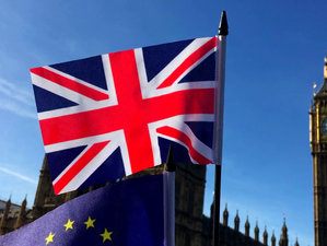Britanicii au ieșit în stradă cerând un nou referendum privind apartenența la UE