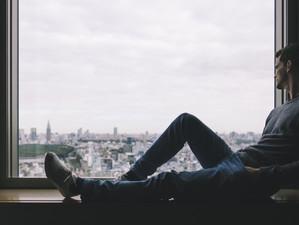 Sociologii avertizează: tot mai mulți oameni suferă de singurătate în 2019