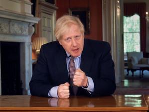 Planul britanic de relaxare a măsurilor de restricție impuse de Covid-19 a născut mai multe întrebăr