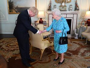 Boris Johnson a convins-o pe regina Marii Britanii să suspende Parlamentul de la Londra
