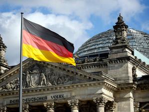 """""""Germania încearcă relansarea relaţiilor diplomatice, pe fondul tensiunilor din NATO şi UE"""""""