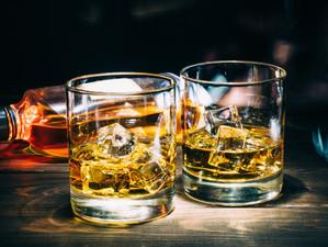 Românii, locul trei la consumul de alcool în UE