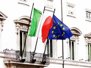 Italia amenință că suspendă contribuțiile la bugetul UE din cauza imigranților